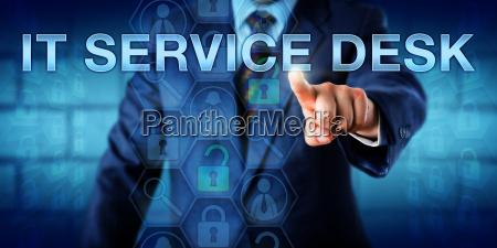 business user schiebt it service desk