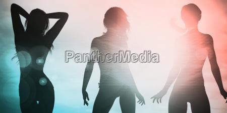 silhouette von frauen posing