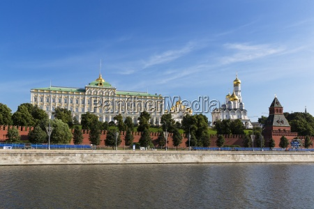 russia moscow river moskva grand kremlin