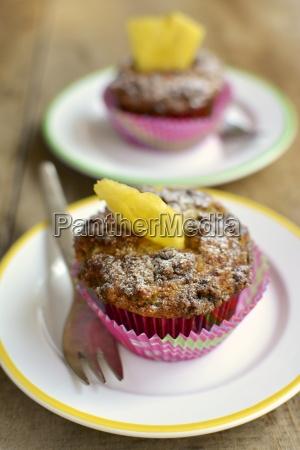 banana crumb muffins with fresh pineapple