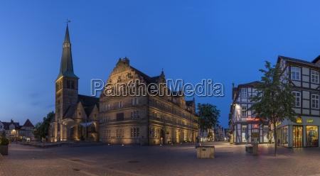 deutschland niedersachsen hameln altstadt mit marktkirche