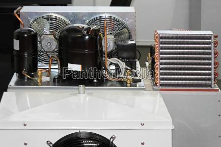 maschinerie abkuehlung temperatur kuehlung maschinenpark druckverband