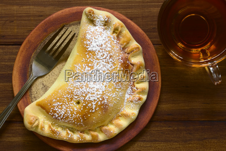 chilean apple empanada