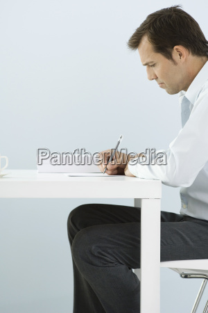 profil maenner mann schreiben schreibend schreibt