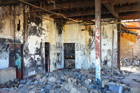 damage factory feuer