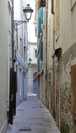 narrow street in trieste