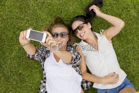 telefon telephon frau frauen handy mobiltelefon