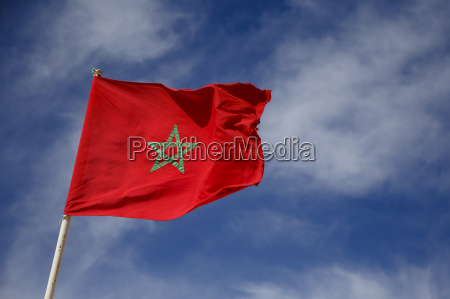 marokko marokkanische flagge am himmel