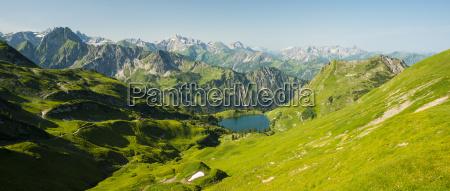 deutschland bayern allgaeuer alpen blick von