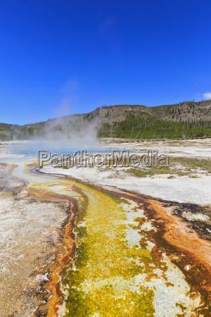 usa yellowstone nationalpark bisuit basin sapphire
