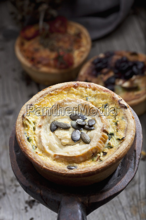 courgette goat cheese tart with pumpkin