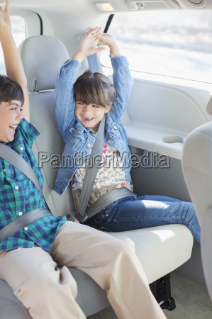 braun braeunlich bruenett auto automobil personenkraftwagen