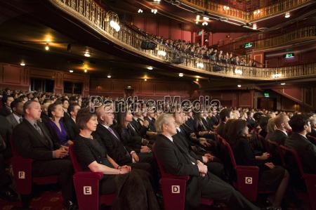 balkon audienz altan zuhoererschaft publikum