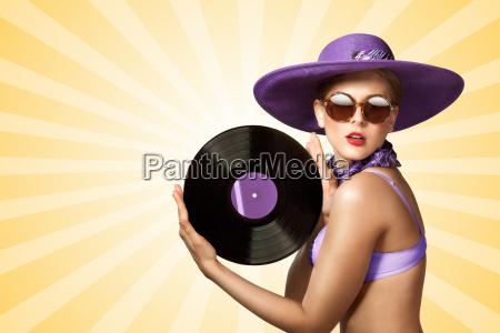 bikini und vinyl