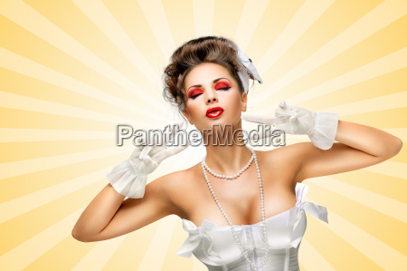 glamorous gesture