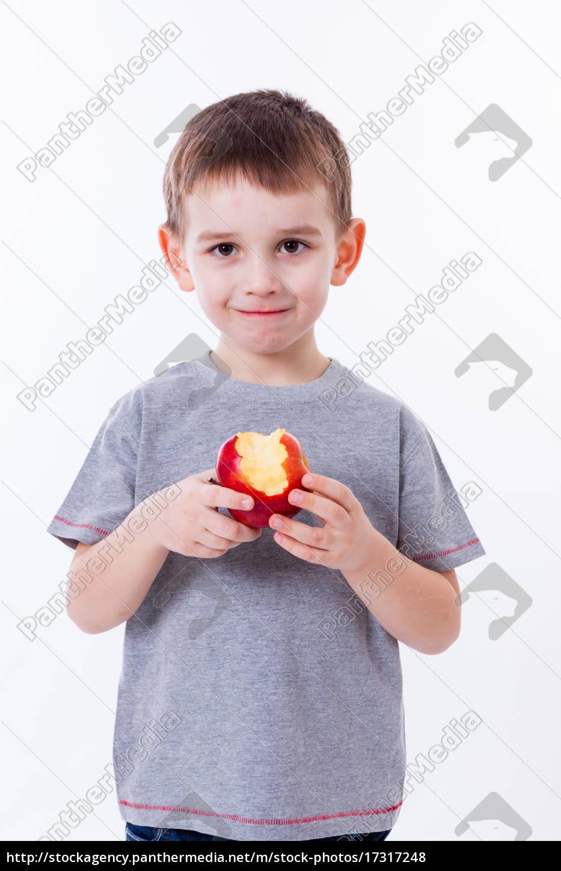 kleiner, junge, mit, essen, isoliert, auf - 17317248