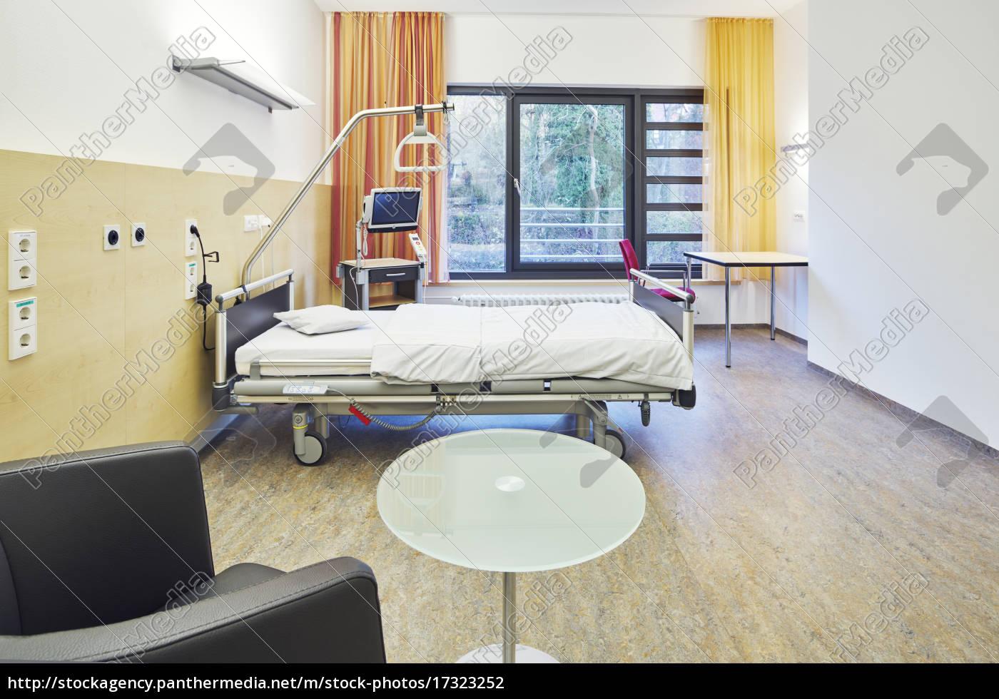 arzt krankenhaus zimmer klinik bett privat von oben lizenzfreies foto 17323252. Black Bedroom Furniture Sets. Home Design Ideas