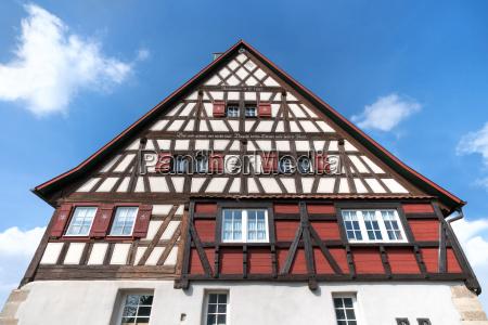 schwaebisches fachwerkhaus mit inschrift