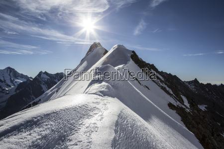 schweiz penniner alpen aletschhorn sonnenaufgang