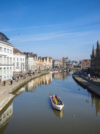 fahrt reisen historisch geschichtlich stadt tourismus