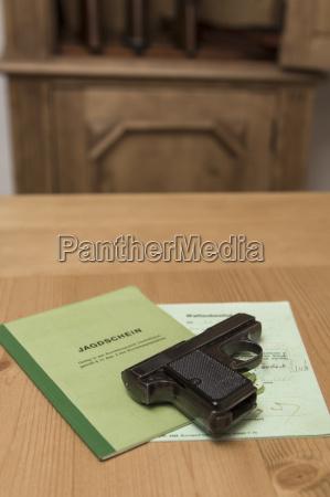 jagdschein pistole und pistole lizenz