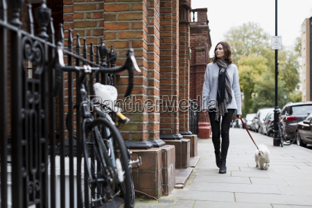 uk london young woman going walkies