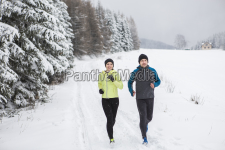 couple doing cross country run in