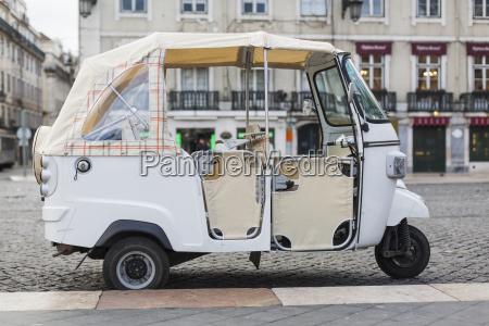 portugal lissabon moto taxi
