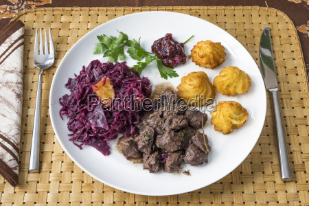 wild boar goulash with red cabbage