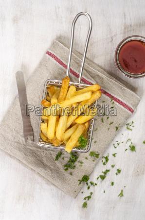 fritsch gebraten im chipkorb ketchup