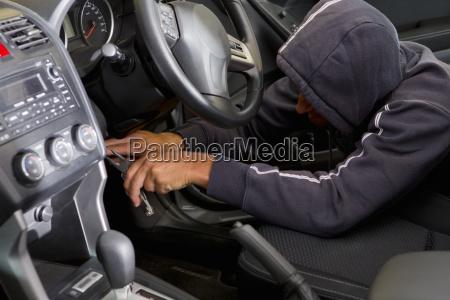 gefahr gefahren gefaehrdung elektronik auto automobil