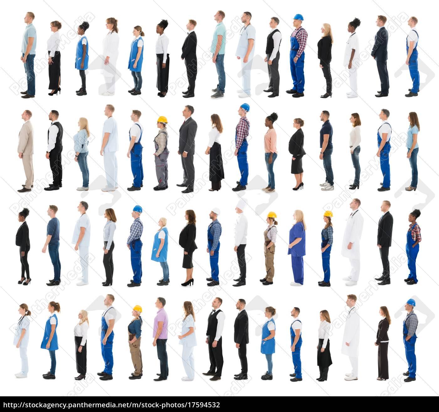 menschen, mit, verschiedenen, beruf, standing, in - 17594532