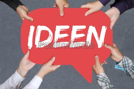 gruppe menschen halten ideen idee kreativitaet