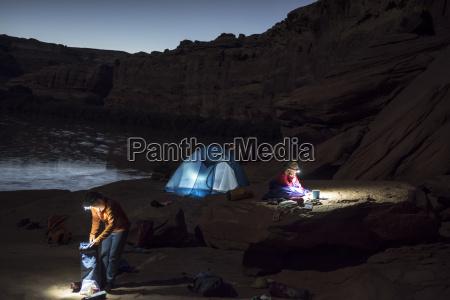camping along the labyrinth canyon green