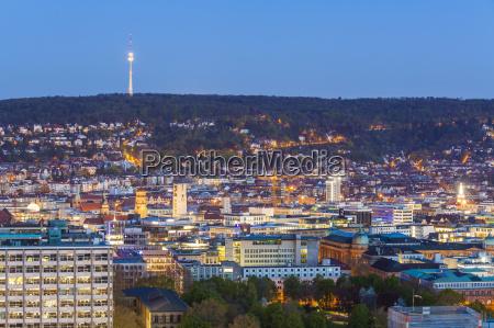 deutschland stuttgart stadtbild mit fernsehturm am