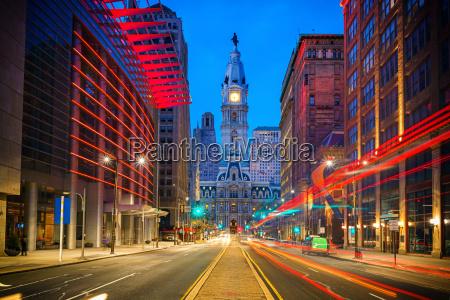 philadelphias city hall at night