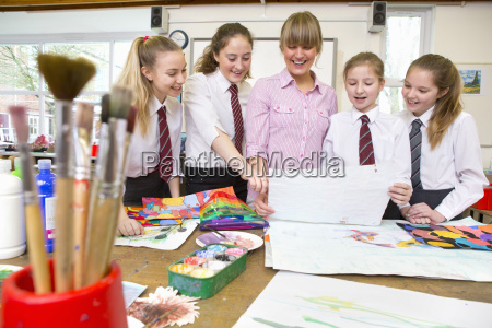 art teacher and middle school students