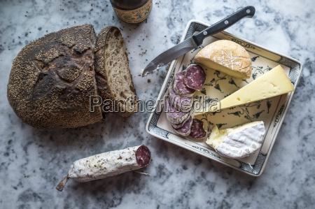 pan interior europa francia salchicha cortar