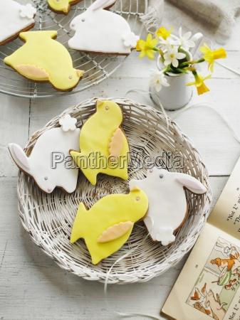 osterhase und osterkueken kekse