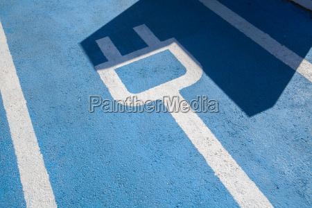 parkplatz fuer elektroautos