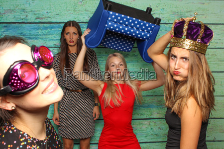 zickenkrieg before fotobox party with