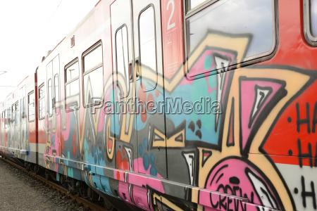 graffiti entfernung bei der deutschen bahn