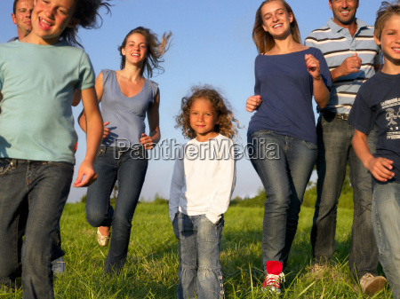 group, of, people, and, children, running - 18213482