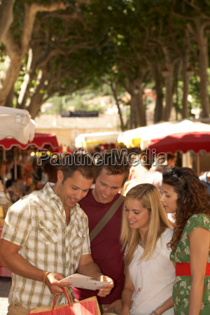friends shopping in french market