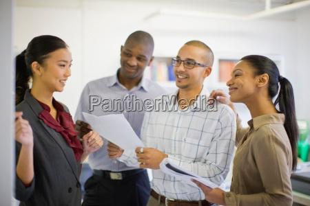 business, people, talking, in, office - 18283058