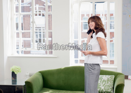 business women on mobile phone