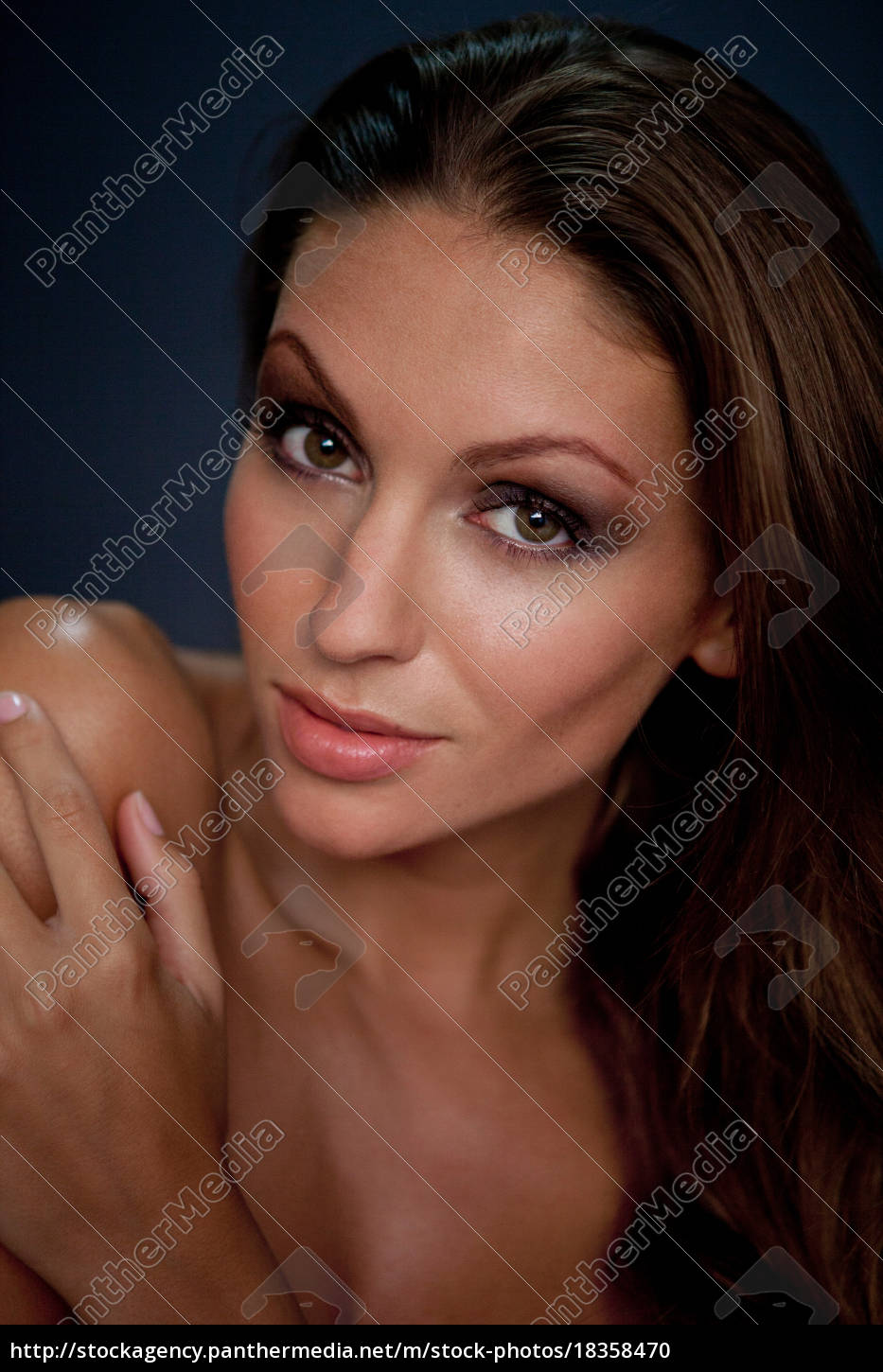 close, up, of, woman's, smiling, face - 18358470