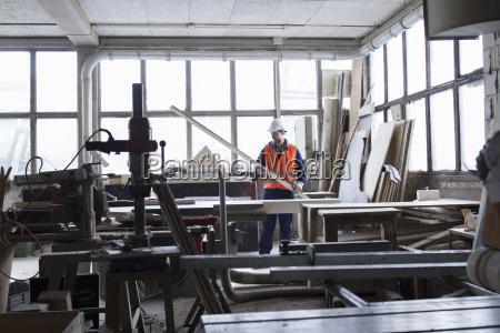 industrie maennlich mannhaft maskulin viril beton