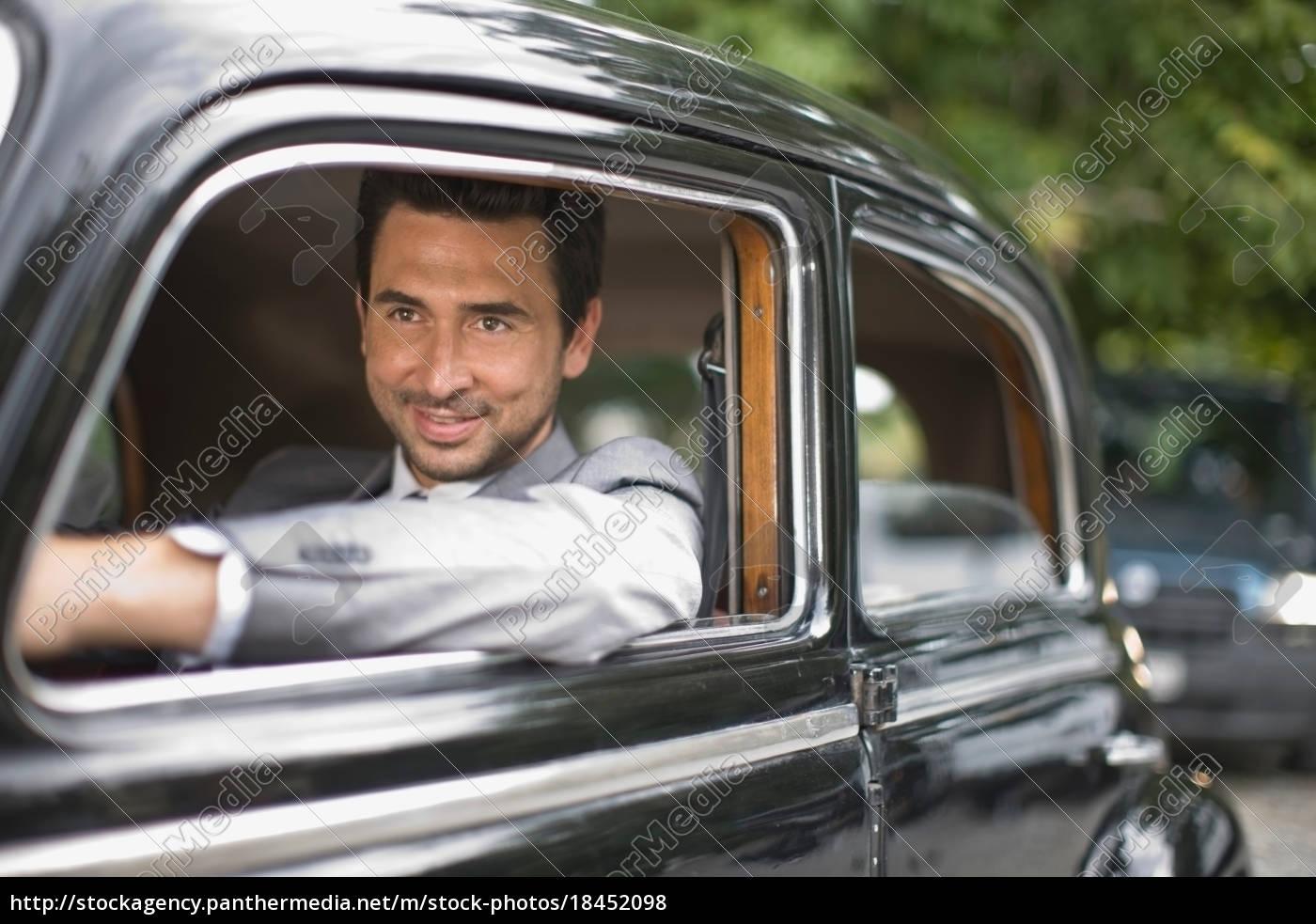 bridegroom, in, car - 18452098