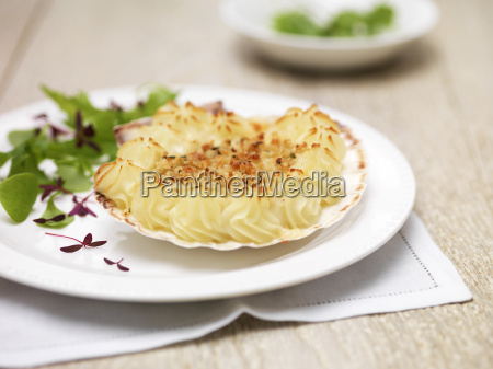 coquille st jacques scallops potatoes and